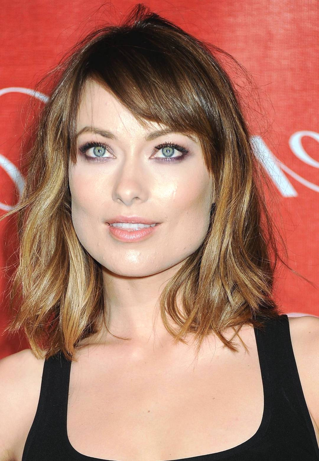 medium length hair styles Medium-length layered hair is quite versatile while the soft layers help to add or reduce volume from the mane, the length is just right to try out a variety of hairstyles.